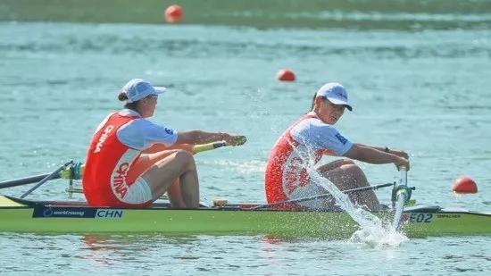 恭喜女子四人雙槳霸道奪冠 中國賽艇要讓國歌奏響成為習慣